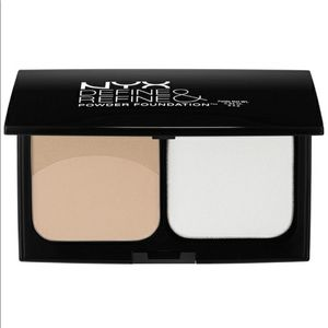 🎀 NYX Define & Refine Powder Foundation Light New